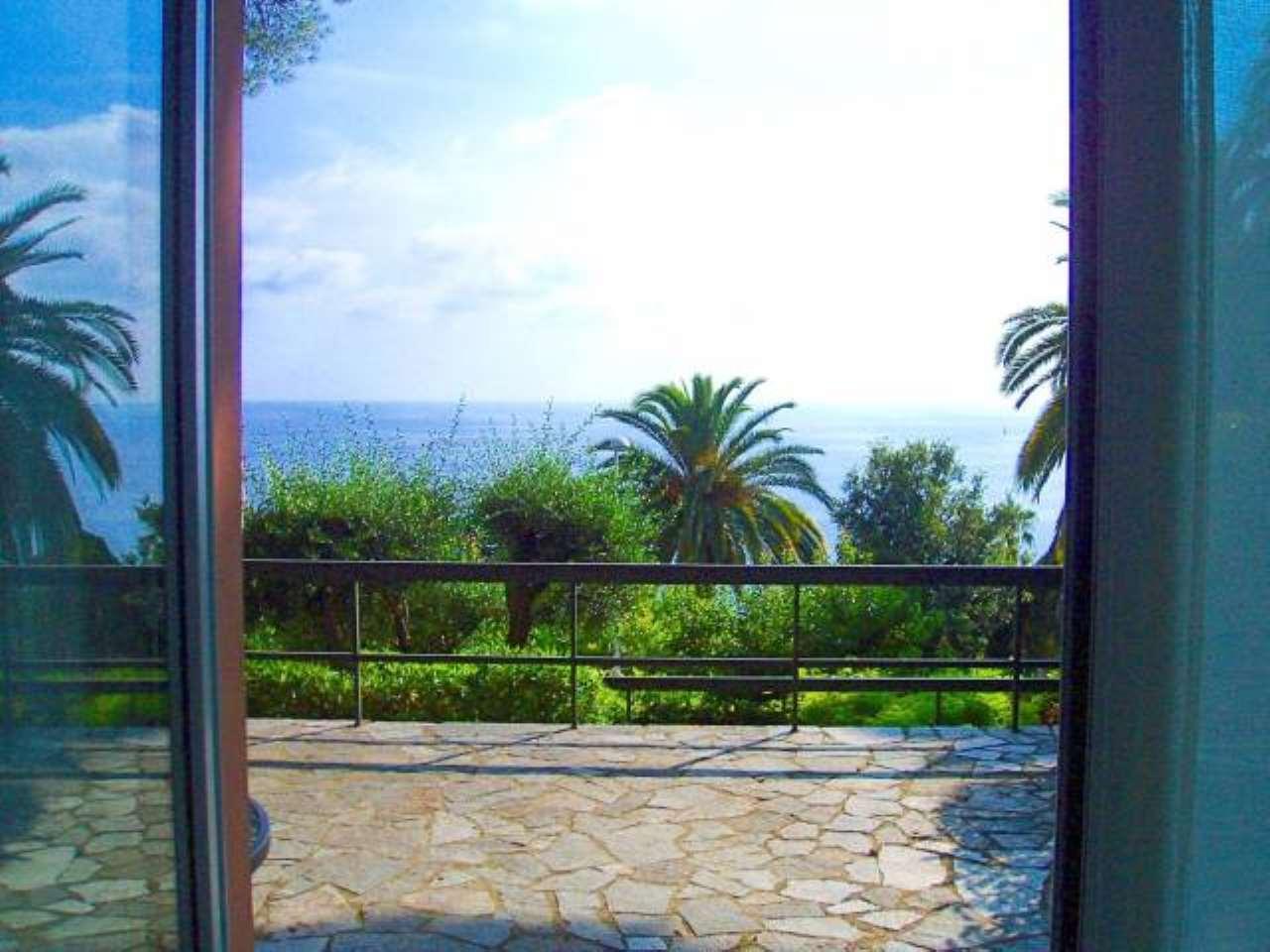 Appartamento in vendita a Pieve Ligure, 2 locali, prezzo € 590.000 | CambioCasa.it