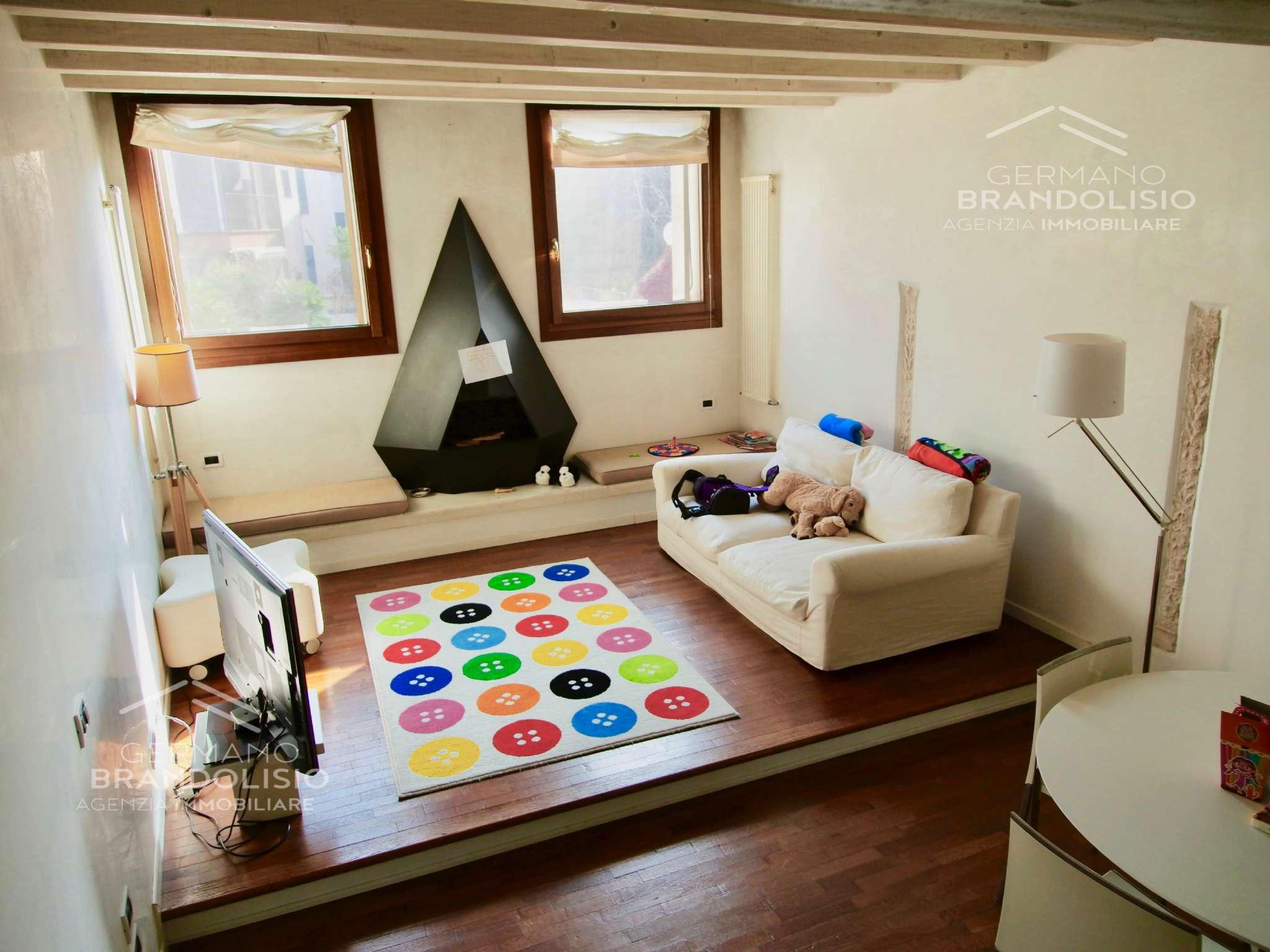 Appartamento in affitto a Treviso, 3 locali, prezzo € 1.200 | CambioCasa.it