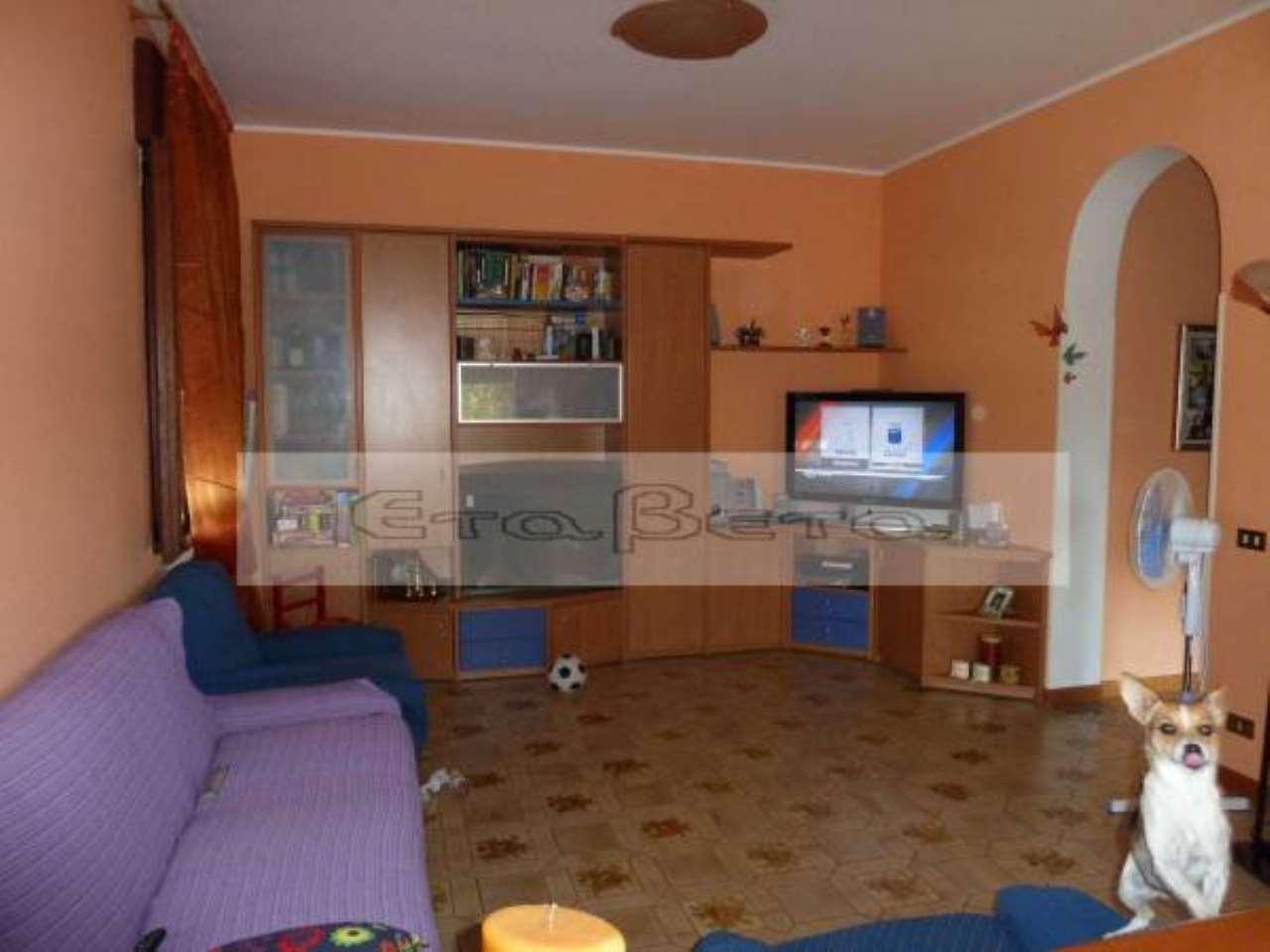 Casa Indipendente in buone condizioni in vendita Rif. 7836857