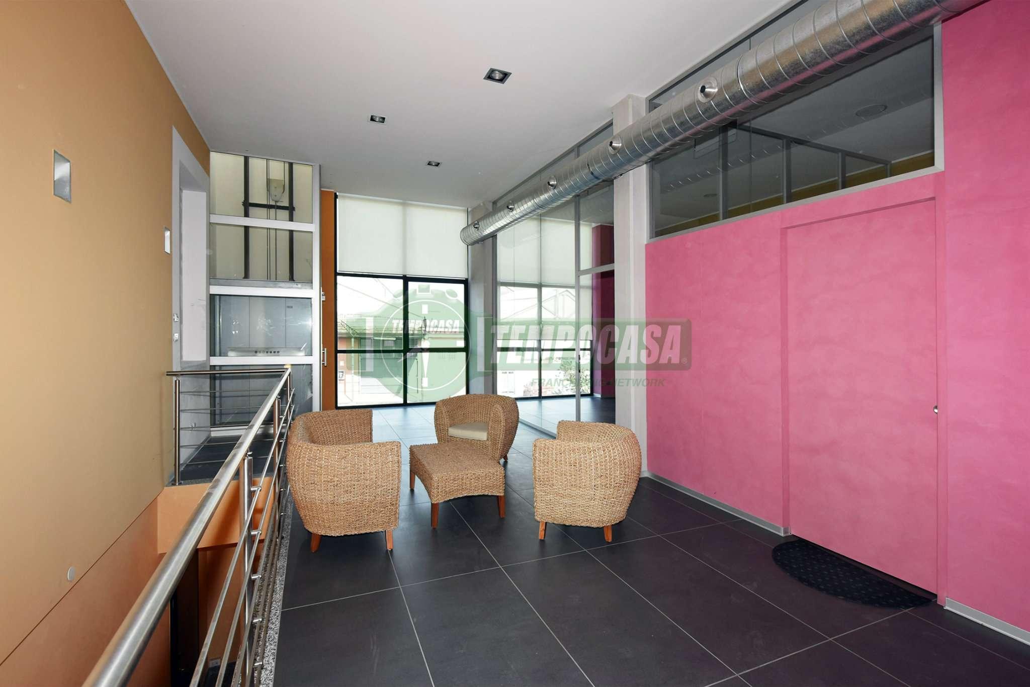 Appartamento in vendita a Settimo Milanese, 3 locali, prezzo € 120.000 | CambioCasa.it