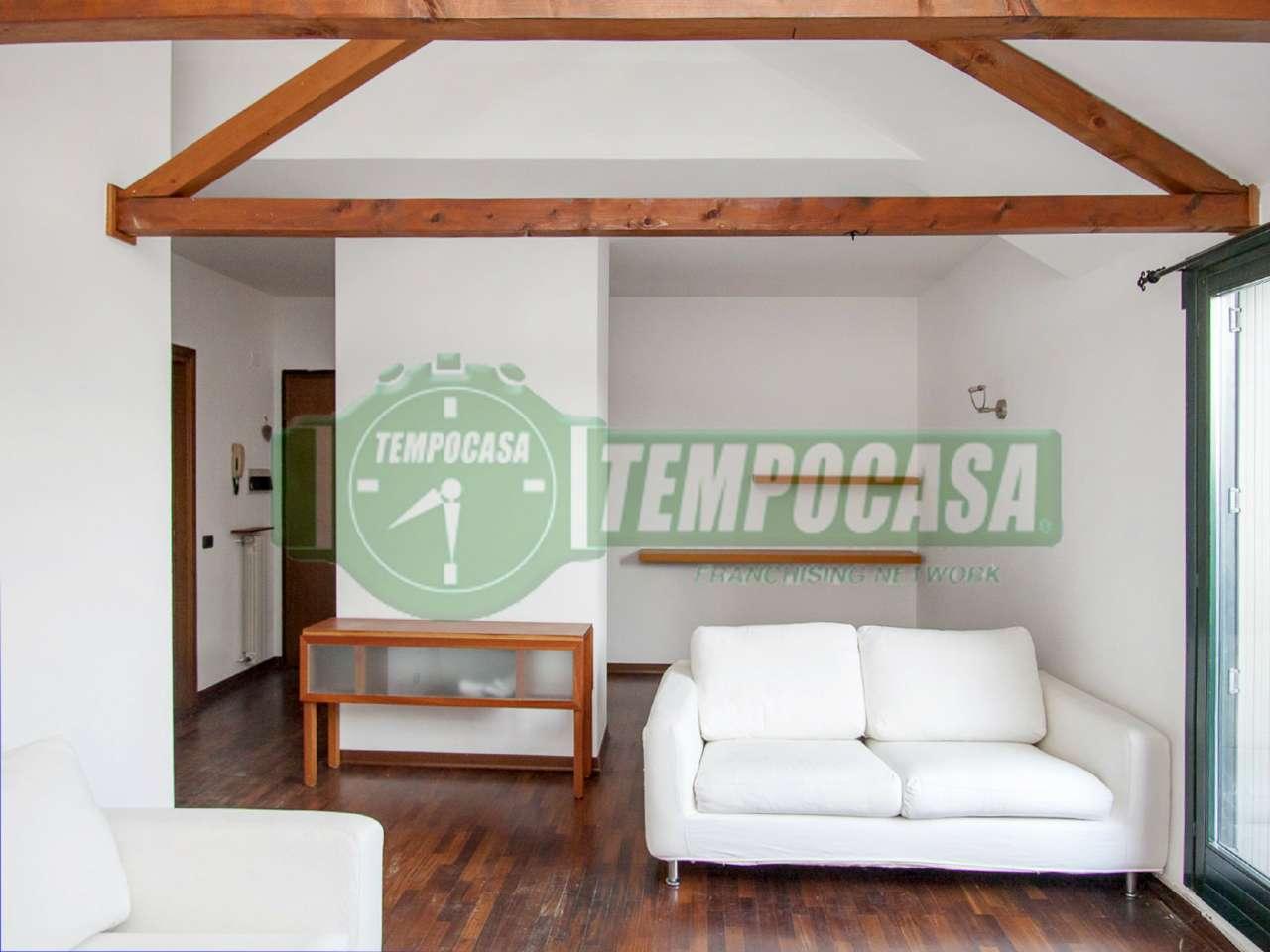 Appartamento in ottime condizioni in vendita Rif. 7257492