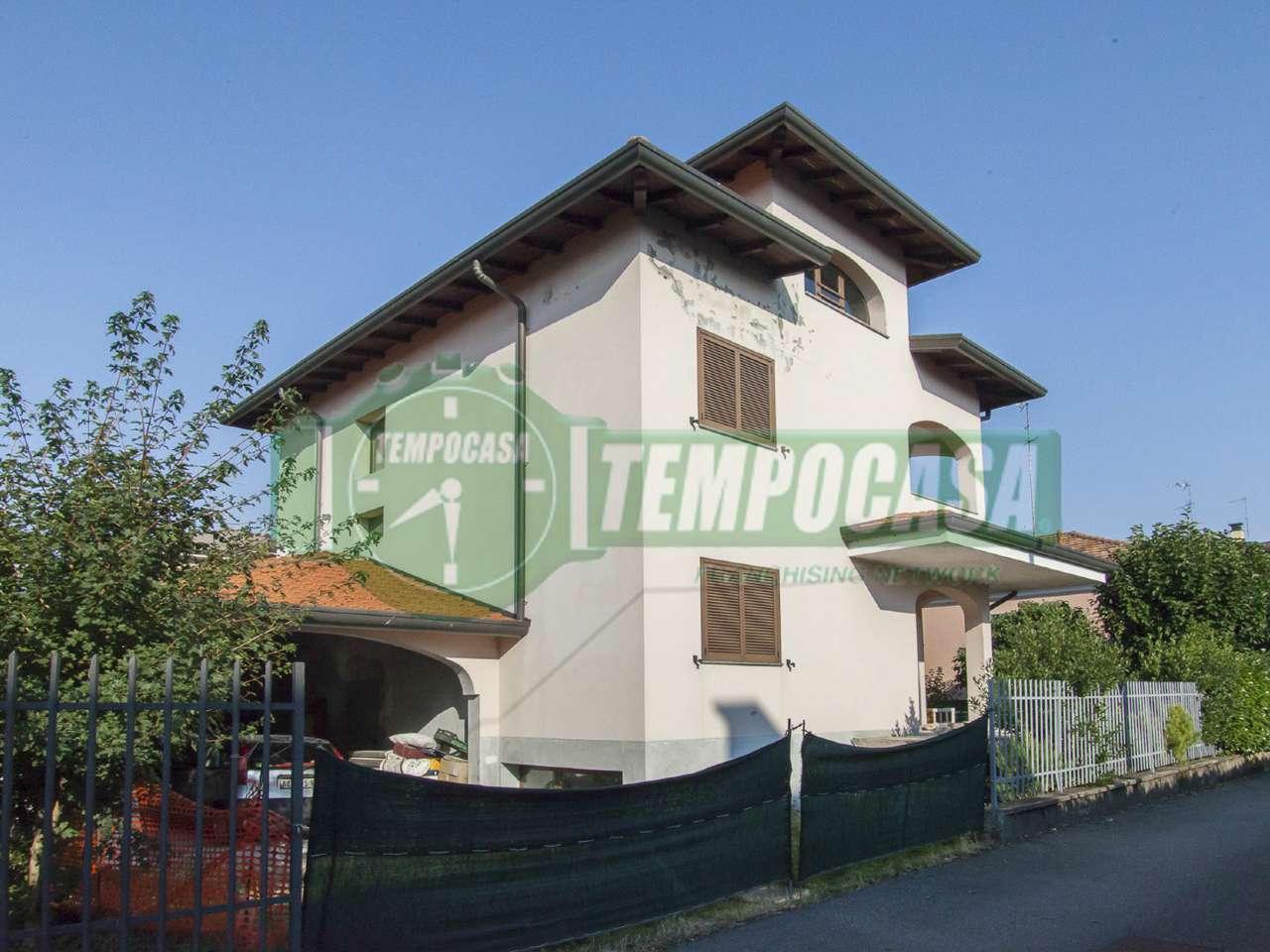 Villa in vendita a Settimo Milanese, 5 locali, prezzo € 309.000 | CambioCasa.it