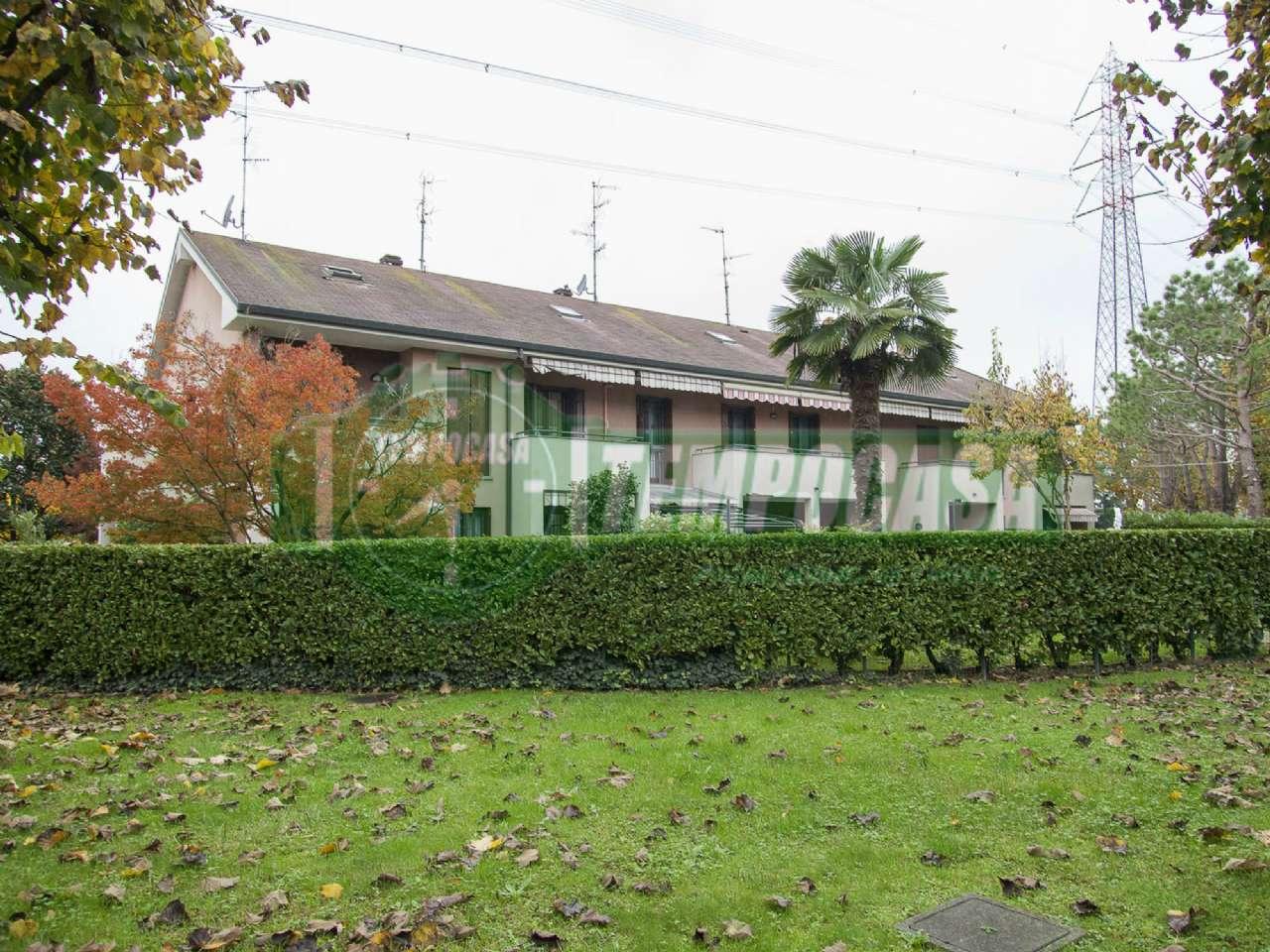 Villa a Schiera in vendita a Settimo Milanese, 5 locali, prezzo € 450.000 | CambioCasa.it