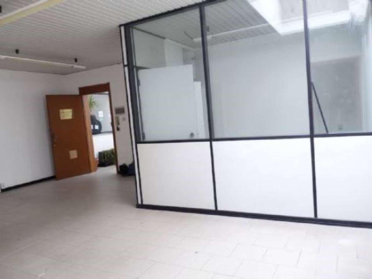 Affittiamo al Centro C. le Palme - Ottimo Ufficio di mq 50 - Rif. 7141653