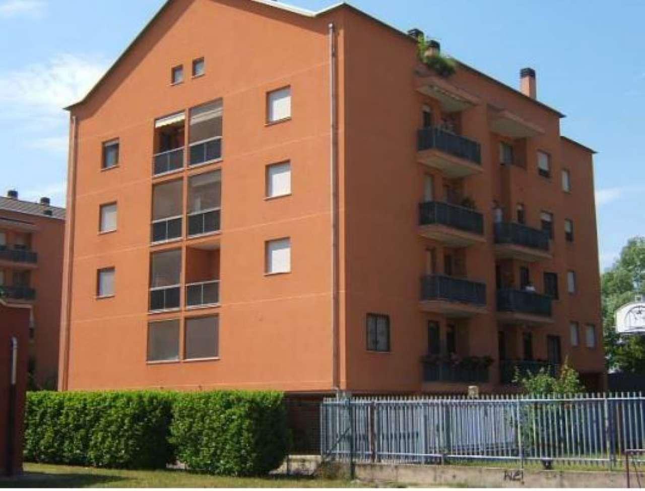 Appartamento in vendita a Lacchiarella, 3 locali, prezzo € 44.106   CambioCasa.it