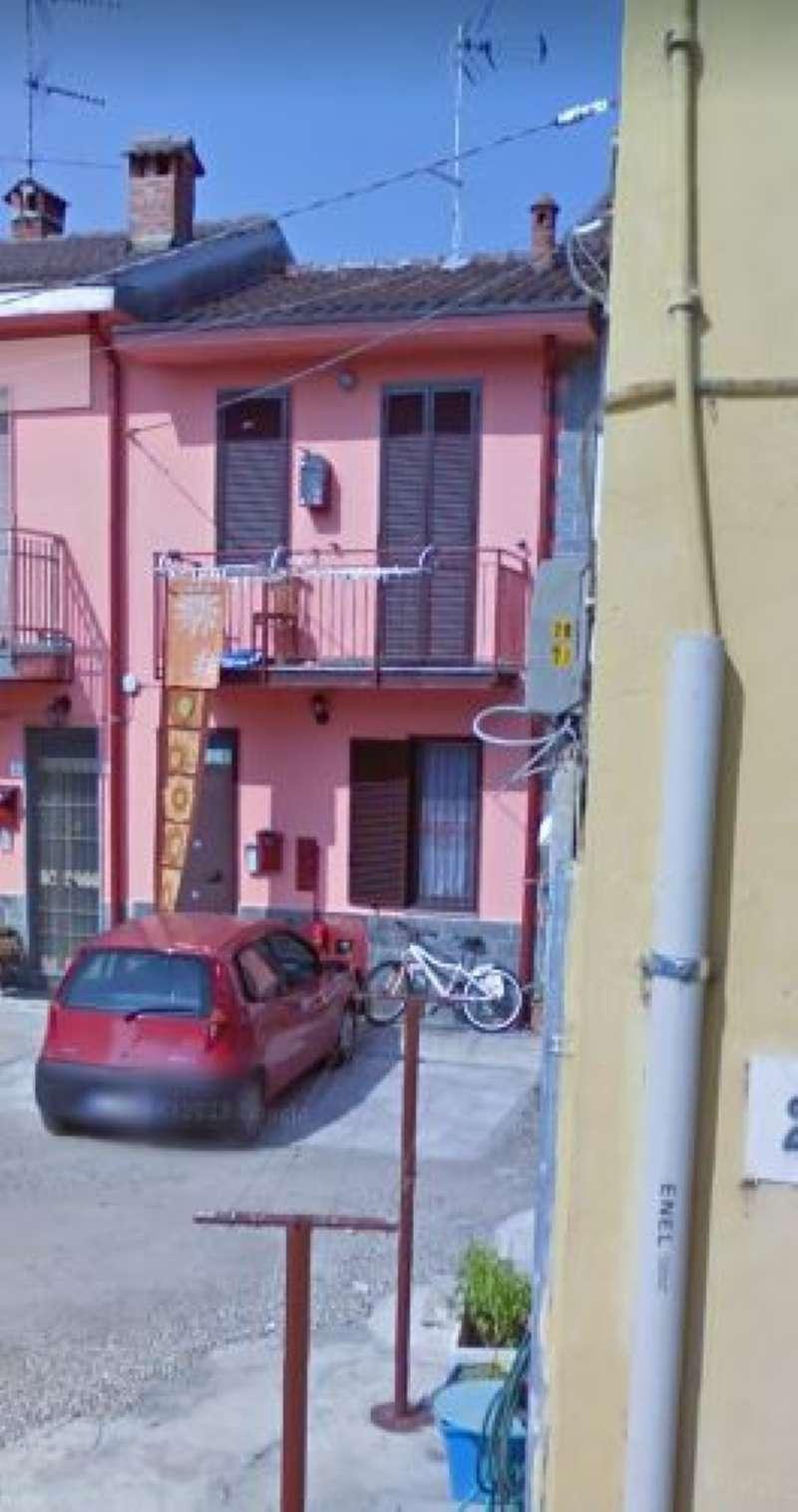 Appartamento in vendita a Lacchiarella, 2 locali, prezzo € 15.000   CambioCasa.it