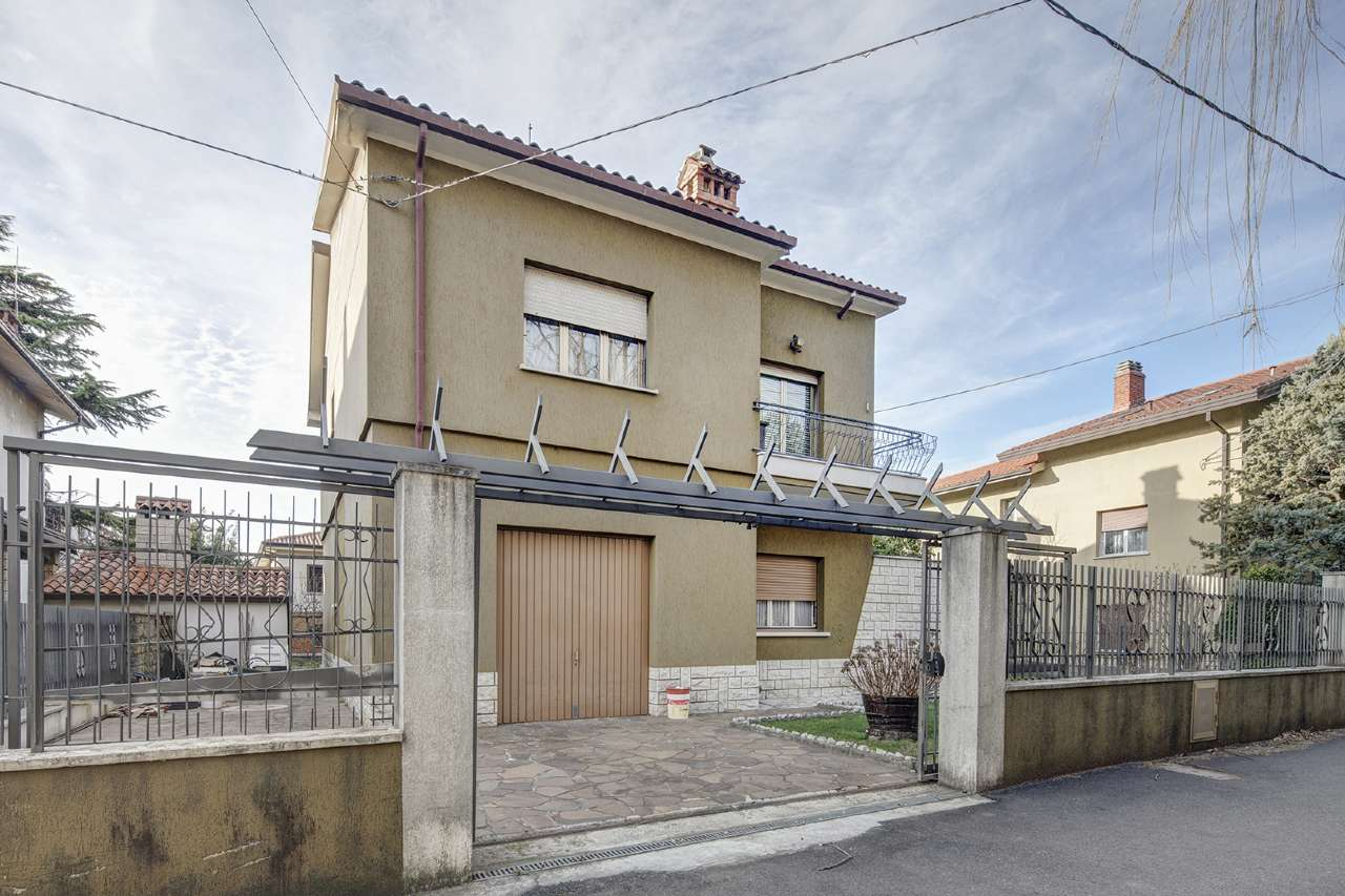 Soluzione Indipendente in vendita a San Dorligo della Valle, 7 locali, prezzo € 279.000   CambioCasa.it