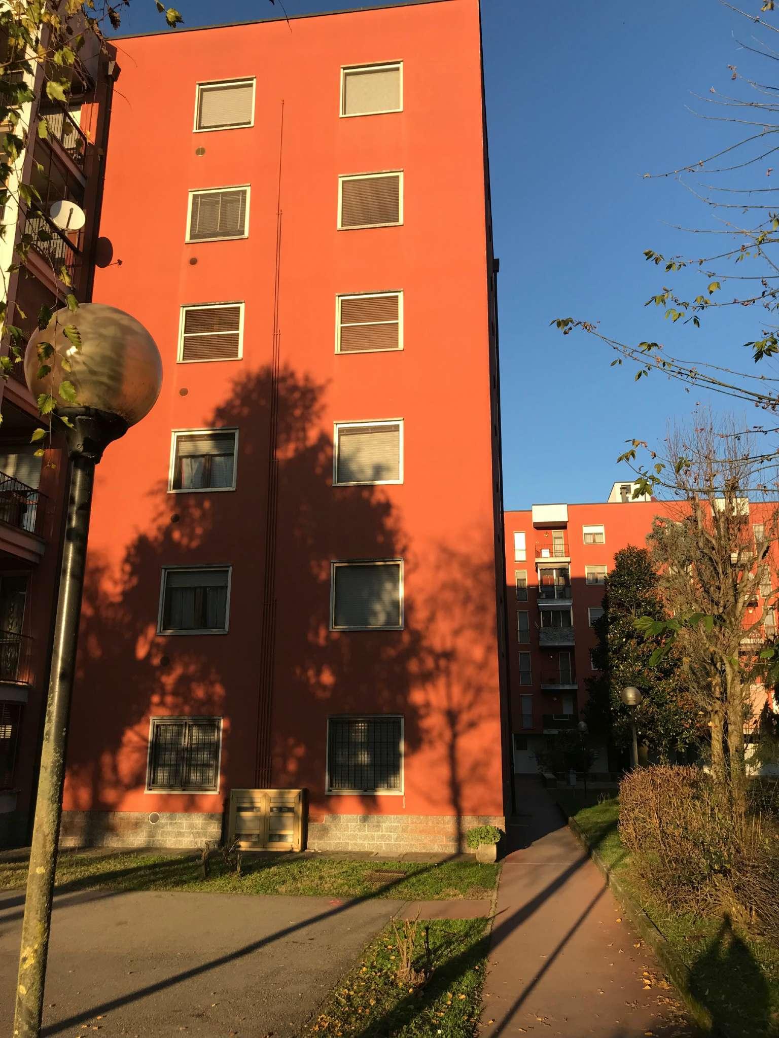 Appartamento in buone condizioni in vendita Rif. 8888712