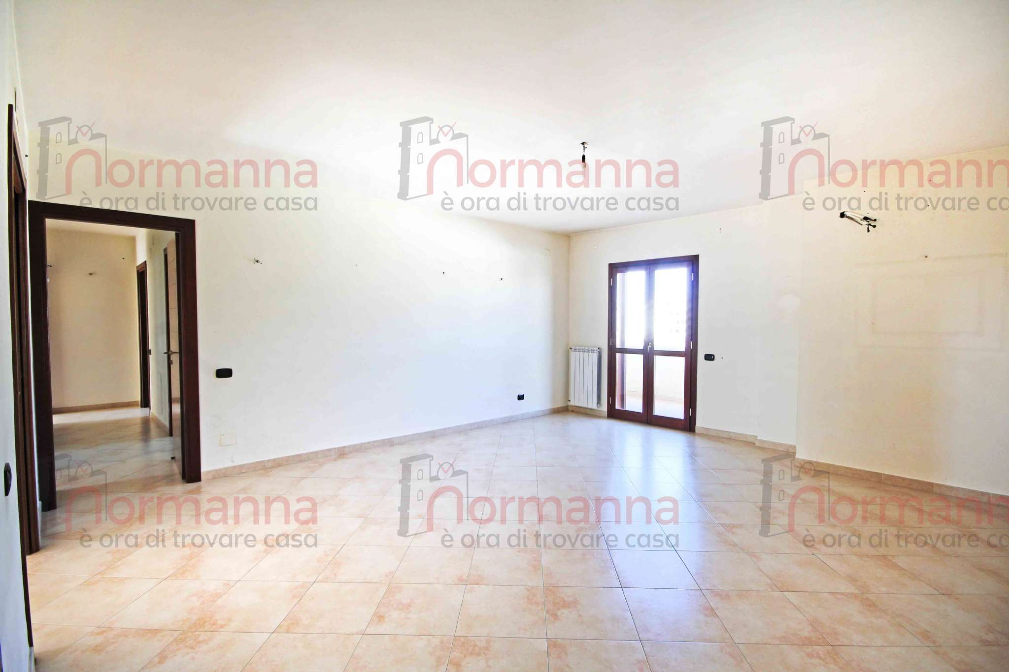 Appartamento in buone condizioni in vendita Rif. 8298325
