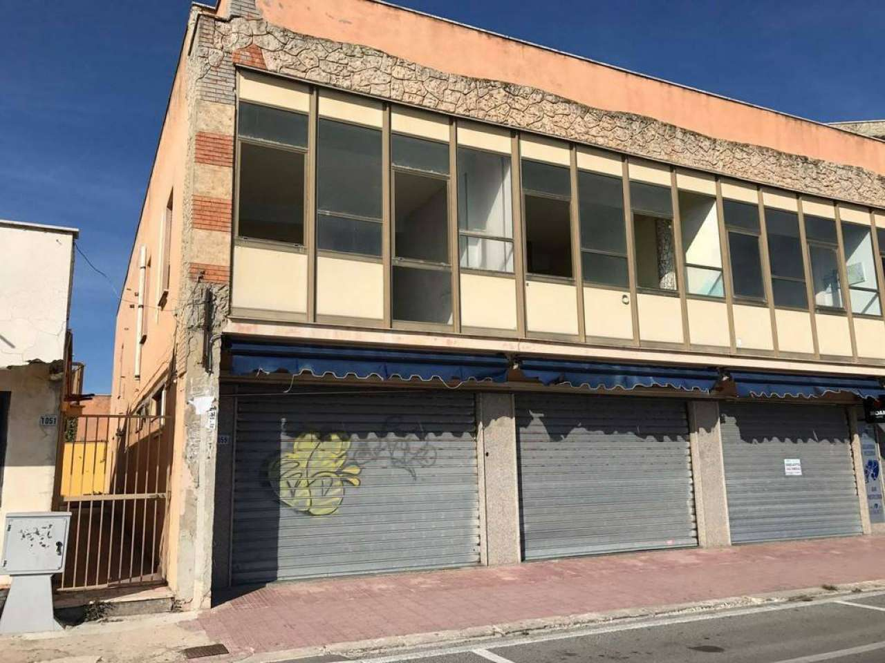 Stabile / Palazzo da ristrutturare in vendita Rif. 7063076