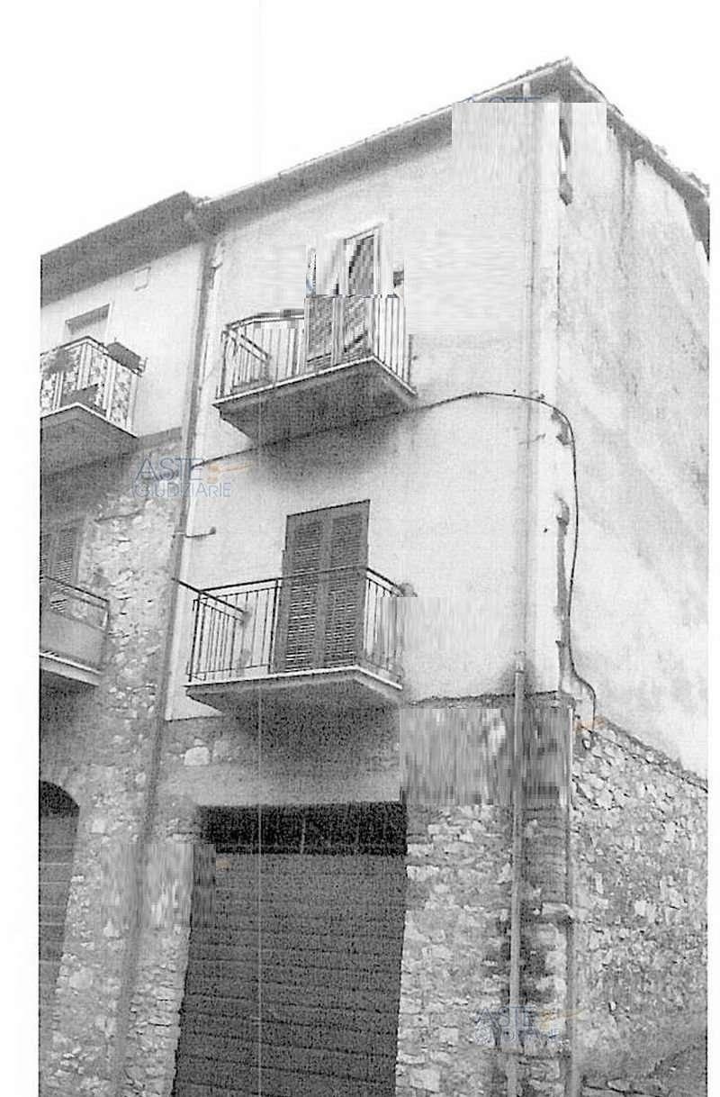 Appartamento da ristrutturare in vendita Rif. 7257529