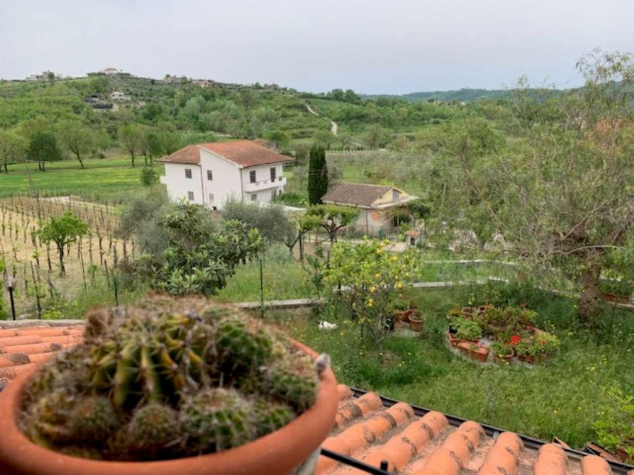 Villa in vendita a Santi Cosma e Damiano, 5 locali, prezzo € 250.000 | CambioCasa.it
