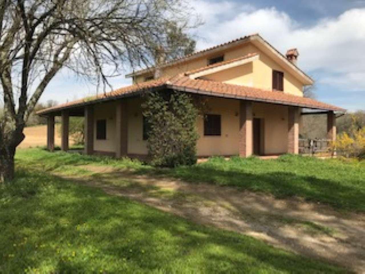 Rustico / Casale in vendita a Sacrofano, 9999 locali, prezzo € 850.000 | CambioCasa.it