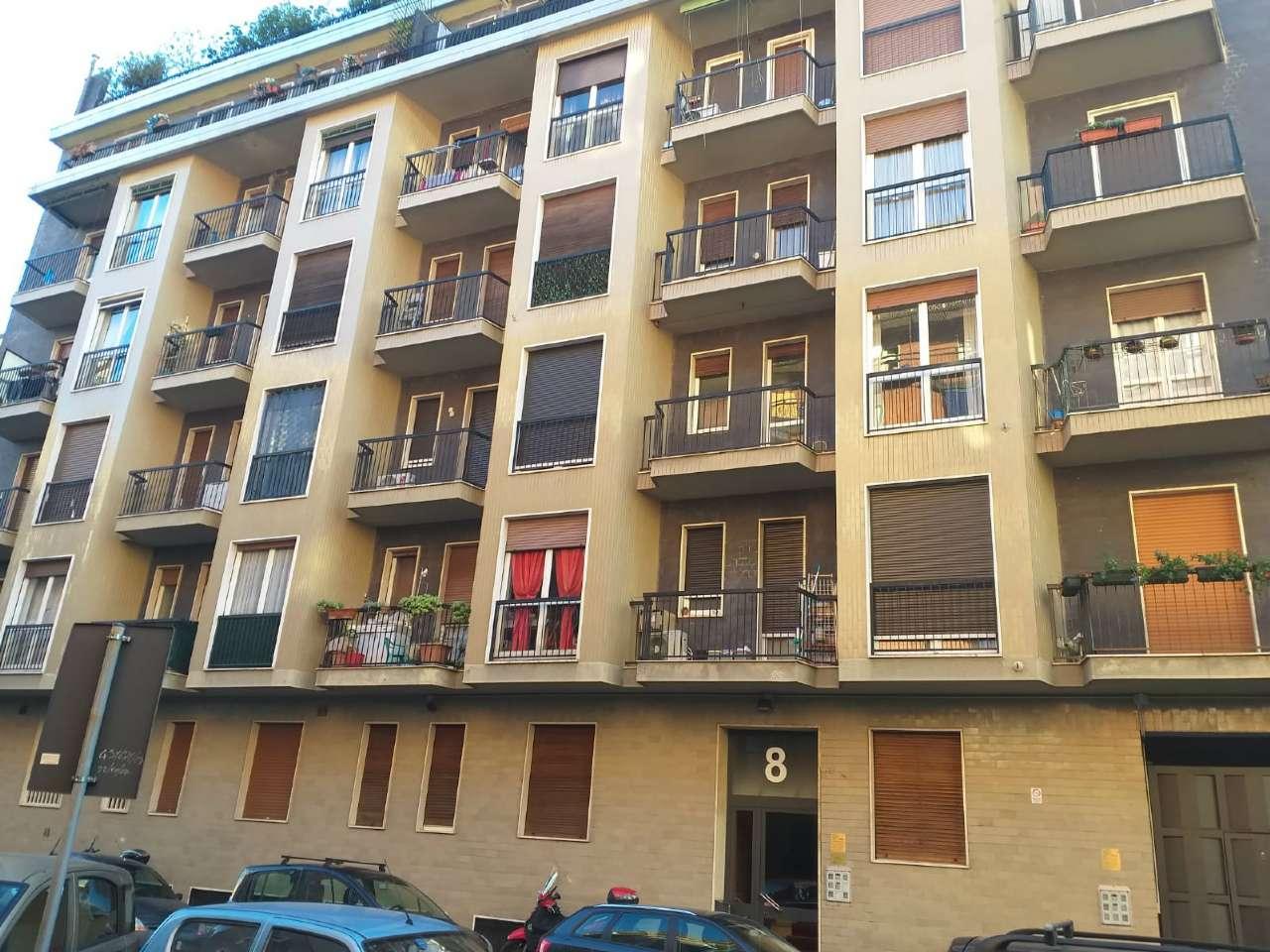 Appartamento in buone condizioni arredato in vendita Rif. 8914226