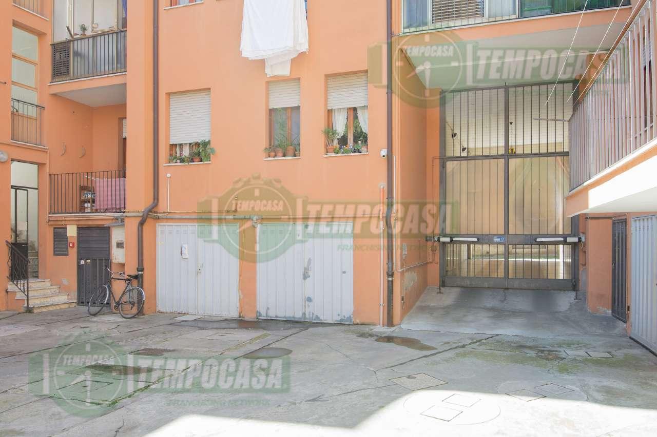 Appartamento in buone condizioni parzialmente arredato in vendita Rif. 8565815