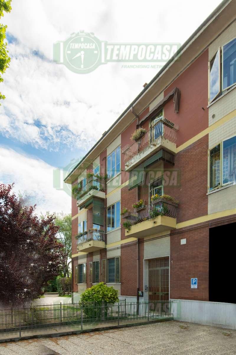 Appartamento in buone condizioni parzialmente arredato in vendita Rif. 8565817