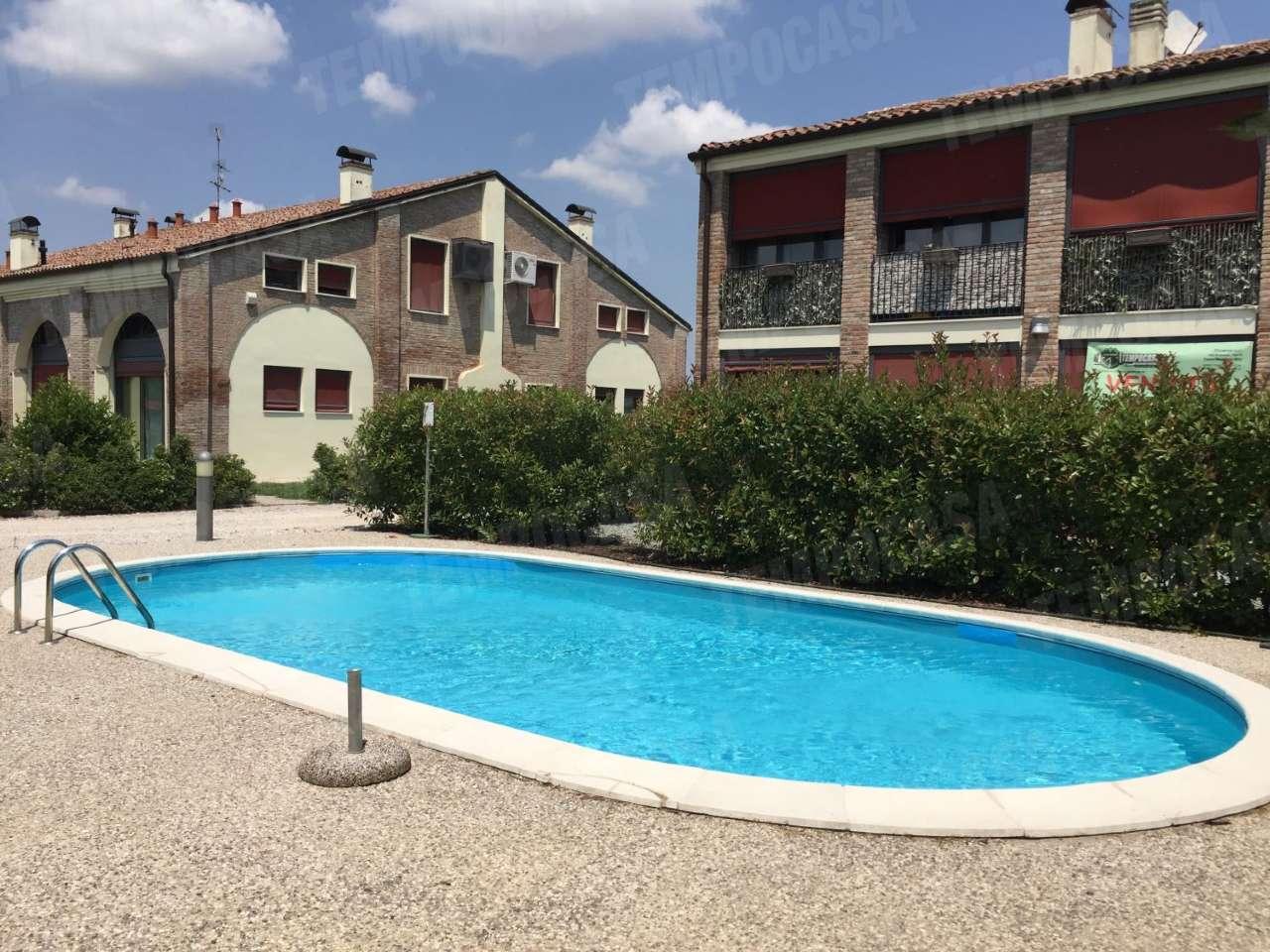 Appartamento in ottime condizioni parzialmente arredato in vendita Rif. 8565831