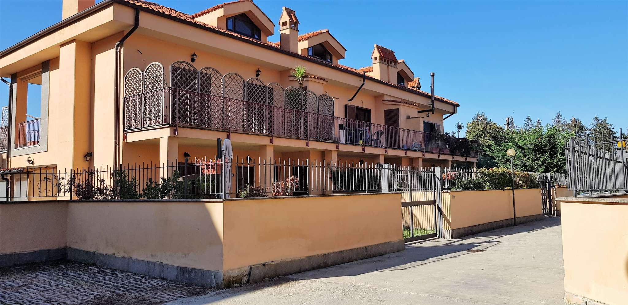 Appartamento in vendita a Rocca di Papa, 2 locali, prezzo € 199.000 | CambioCasa.it