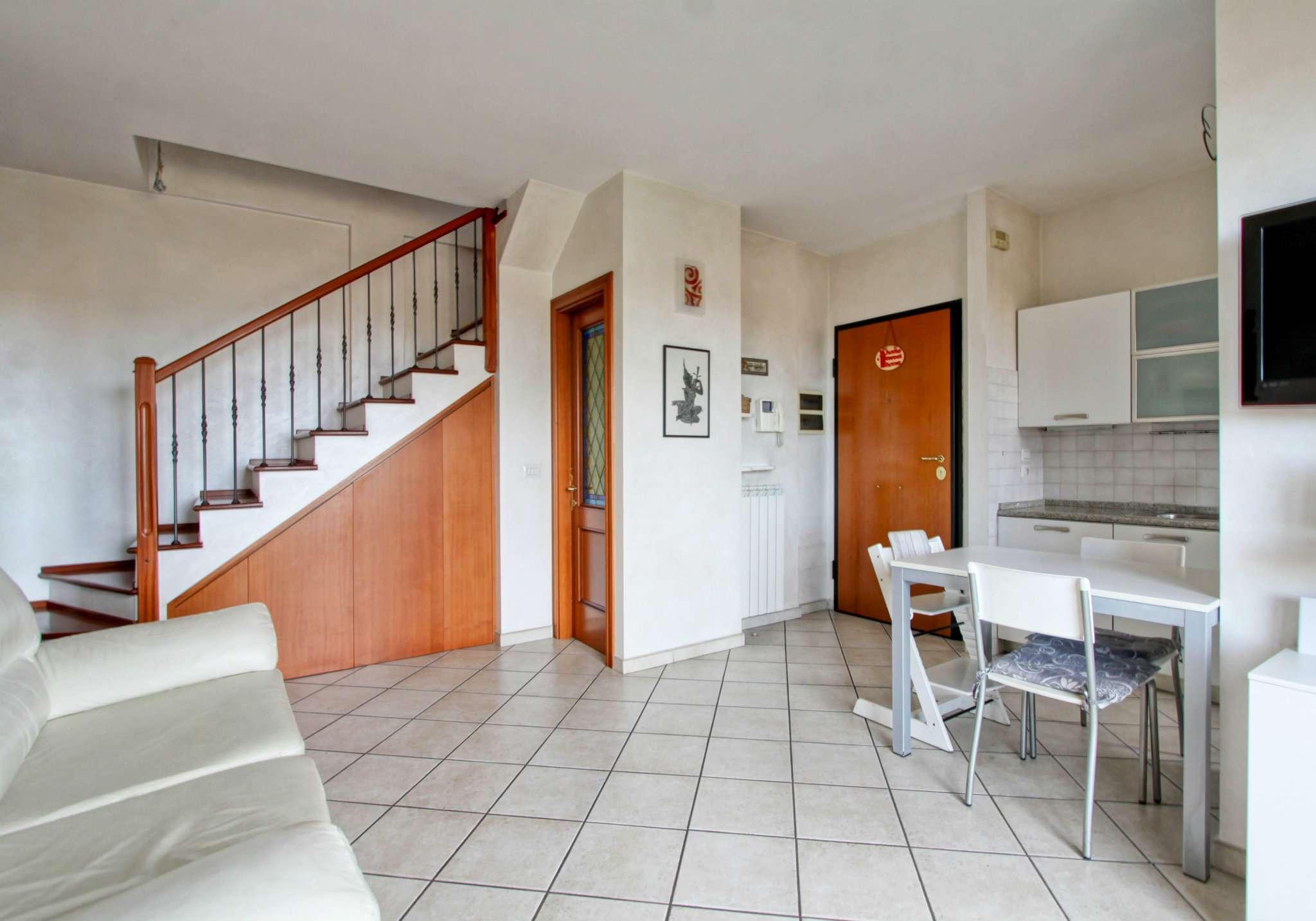 Appartamento in vendita a Ciampino, 3 locali, prezzo € 224.000 | PortaleAgenzieImmobiliari.it