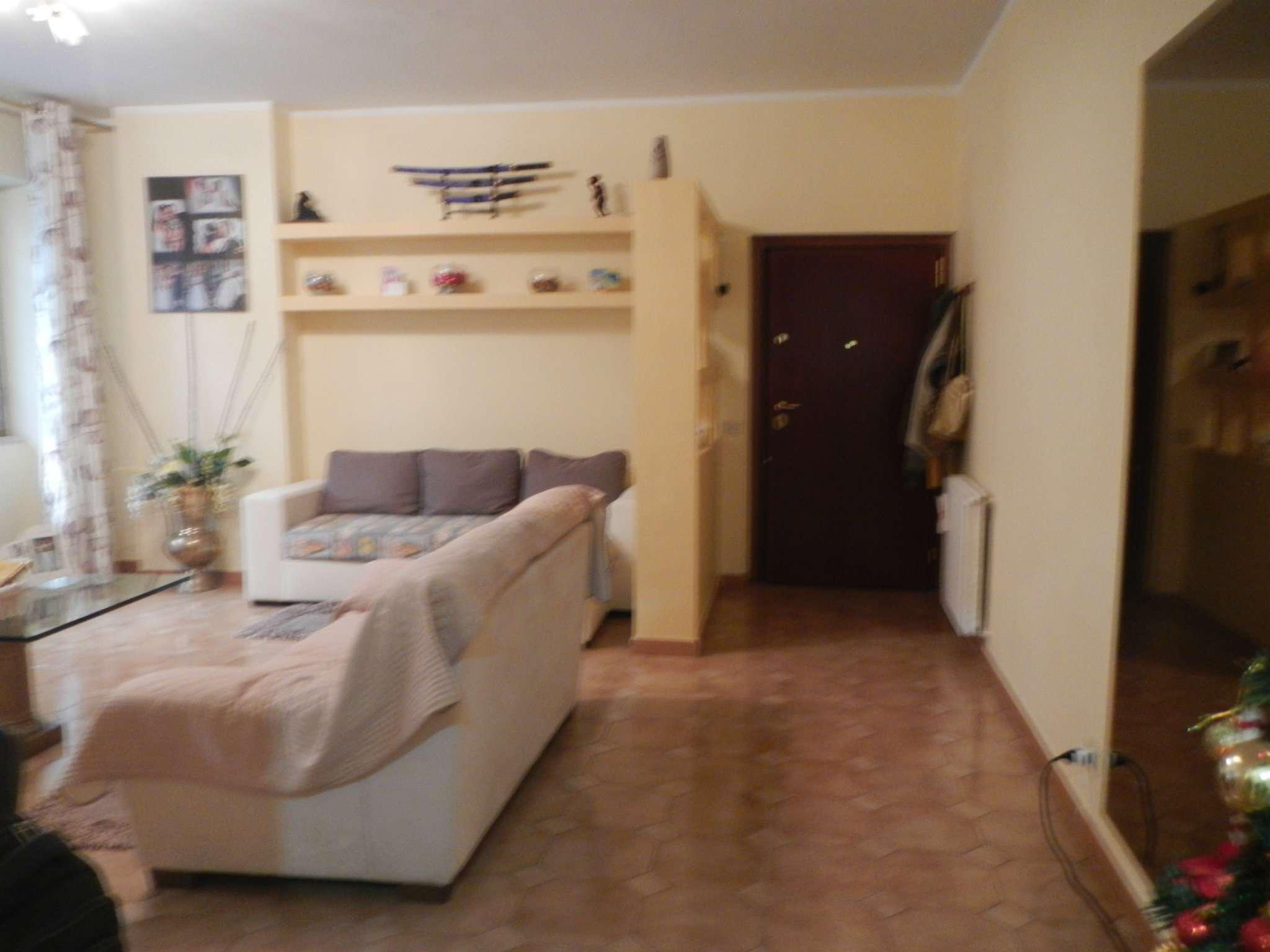 Appartamento in vendita a Roma, 3 locali, zona Zona: 33 . Quarto Casale, Labaro, Valle Muricana, Prima Porta, prezzo € 120.000 | CambioCasa.it