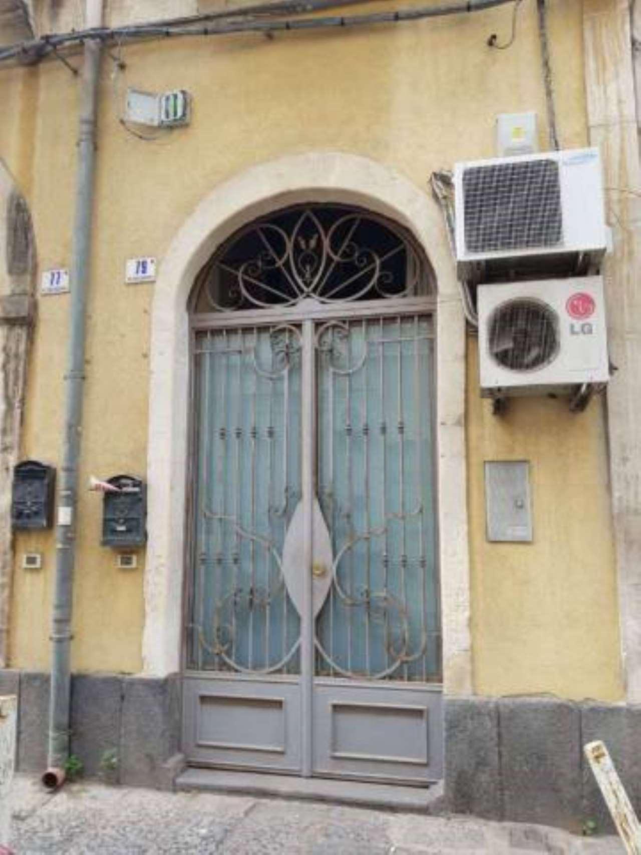 Appartamento in ottime condizioni arredato in affitto Rif. 8177196