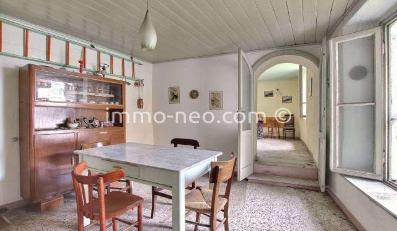 Appartamento da ristrutturare in vendita Rif. 7453747