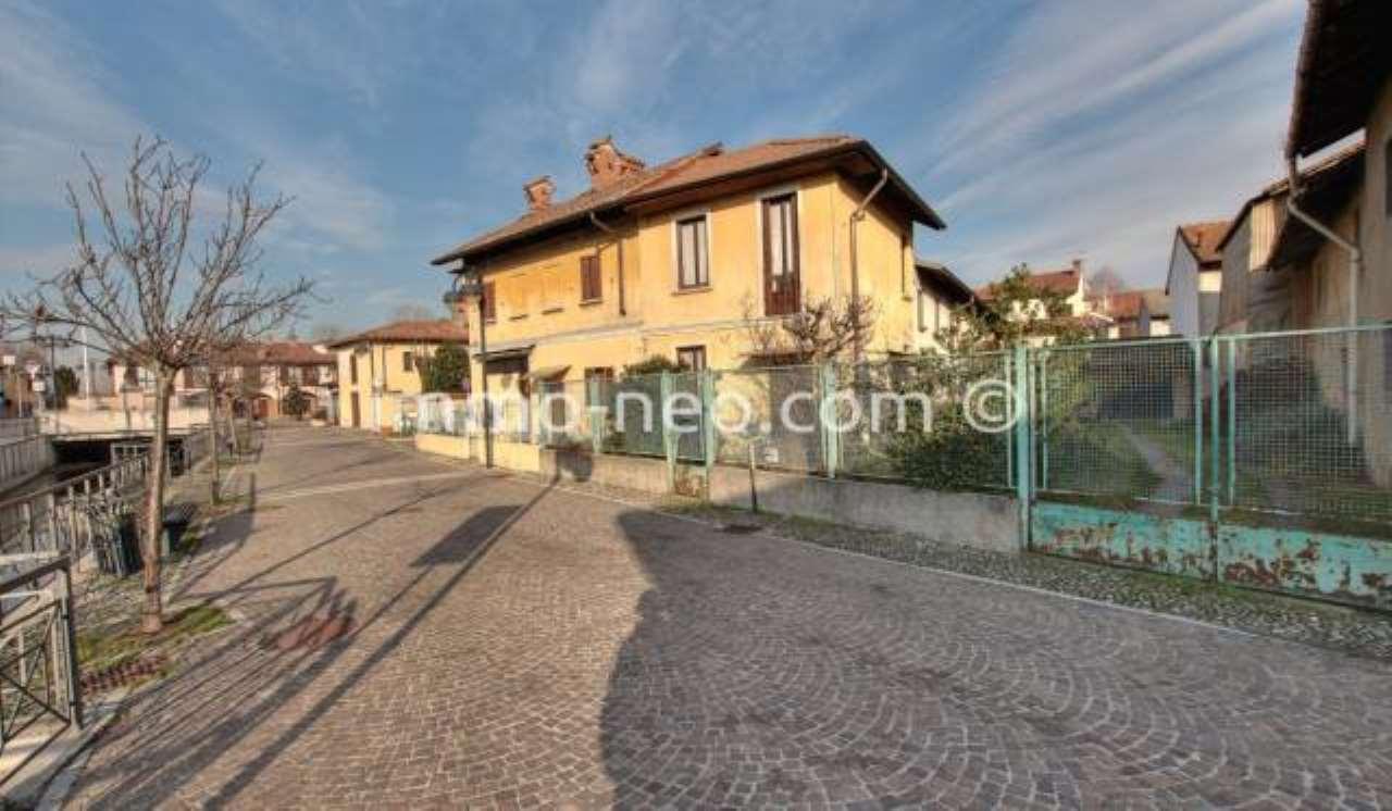 Casa Indipendente in buone condizioni in vendita Rif. 7453787