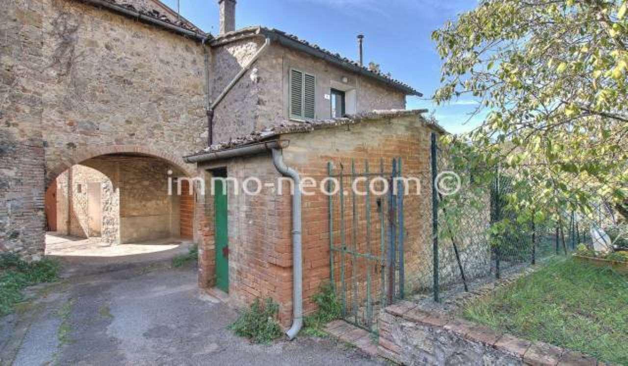 Casa Indipendente in buone condizioni parzialmente arredato in vendita Rif. 8342895