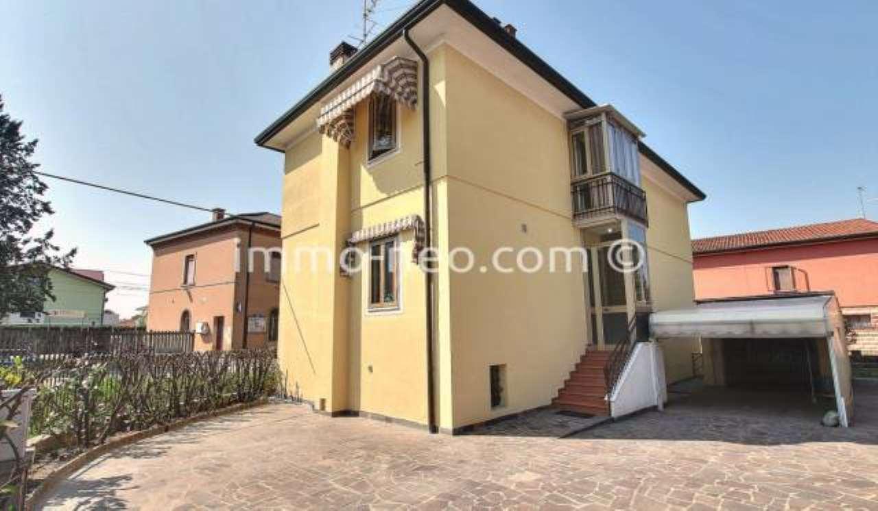 Casa Indipendente in ottime condizioni parzialmente arredato in vendita Rif. 7453867