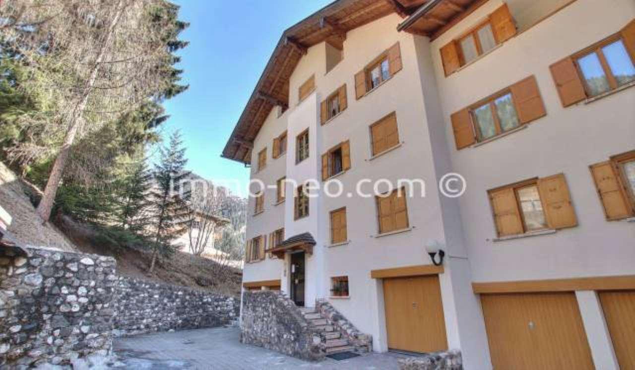 Appartamento in ottime condizioni arredato in vendita Rif. 7453870
