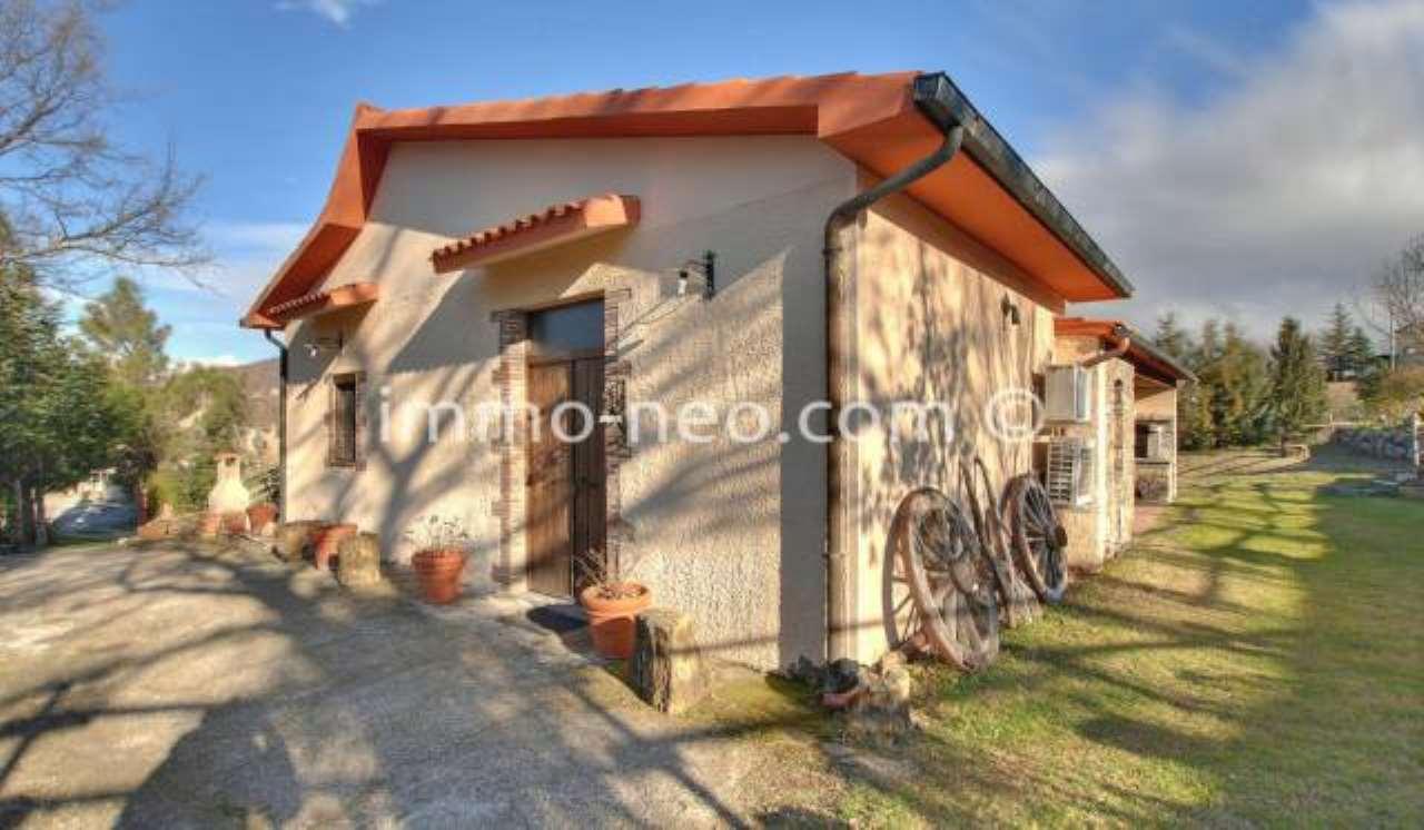 Villa in ottime condizioni arredato in vendita Rif. 7453885