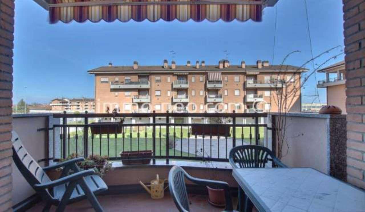 Appartamento in ottime condizioni parzialmente arredato in vendita Rif. 7454008
