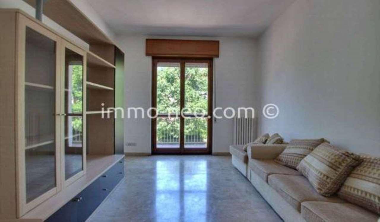 Appartamento in ottime condizioni parzialmente arredato in vendita Rif. 7454021