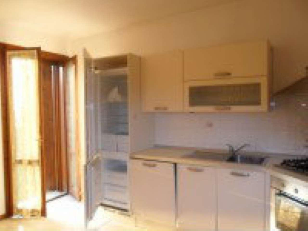 Villa Bifamiliare in affitto a Quinto Vicentino, 5 locali, prezzo € 1.500 | CambioCasa.it