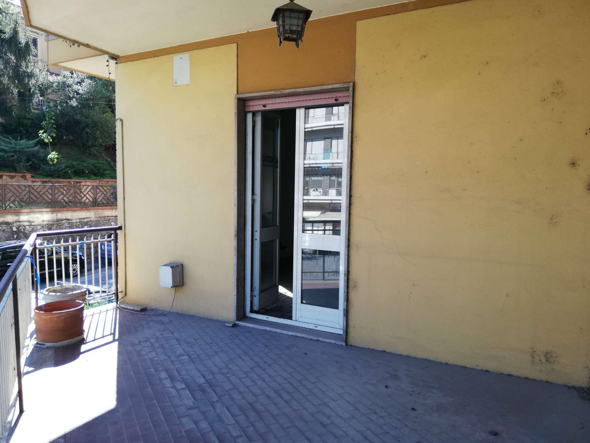 Appartamento in vendita a Frosinone, 6 locali, prezzo € 145.000 | PortaleAgenzieImmobiliari.it