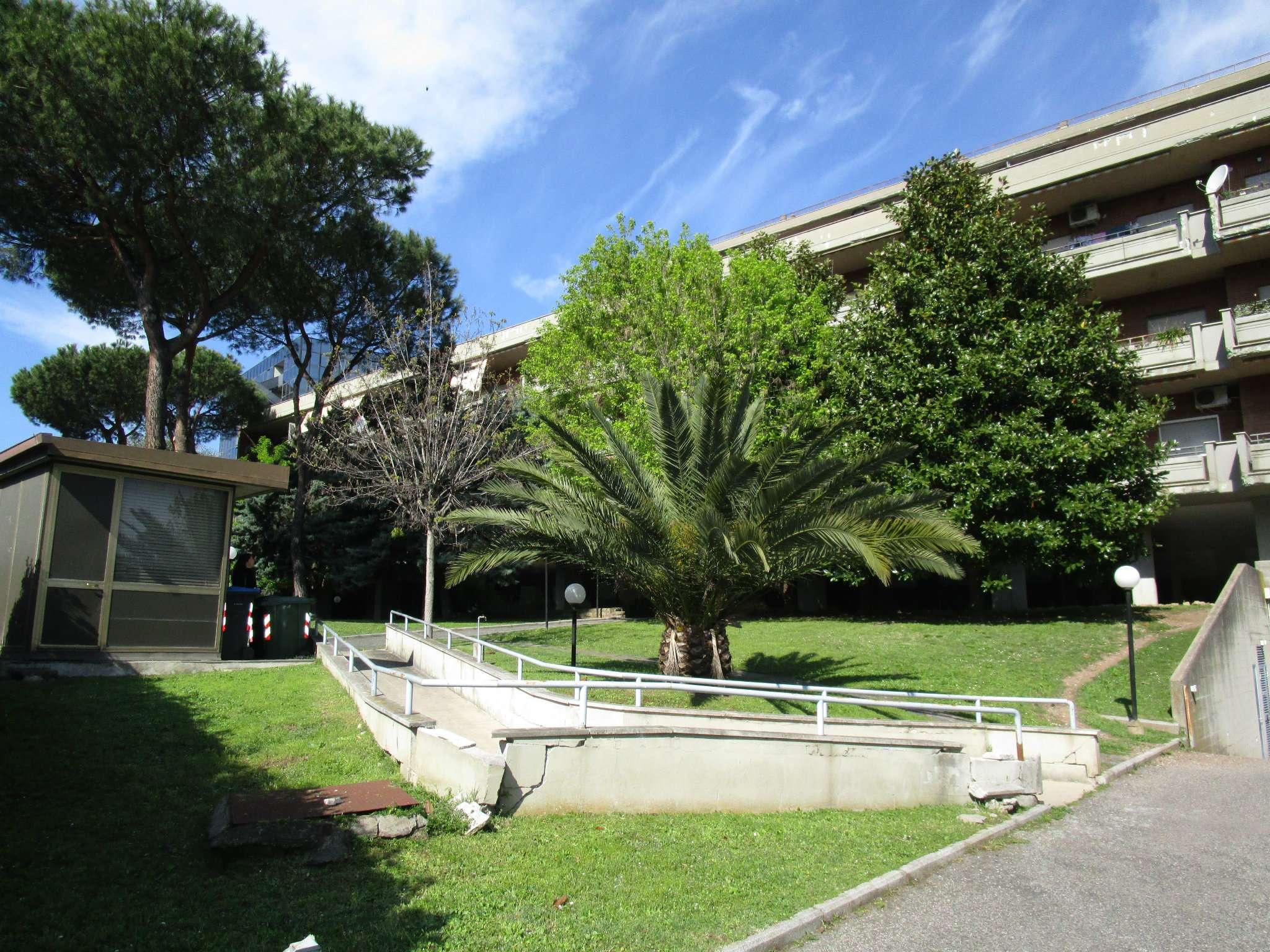 Appartamento in vendita a Roma, 2 locali, zona Zona: 22 . Eur - Torrino - Spinaceto, prezzo € 210.000 | CambioCasa.it