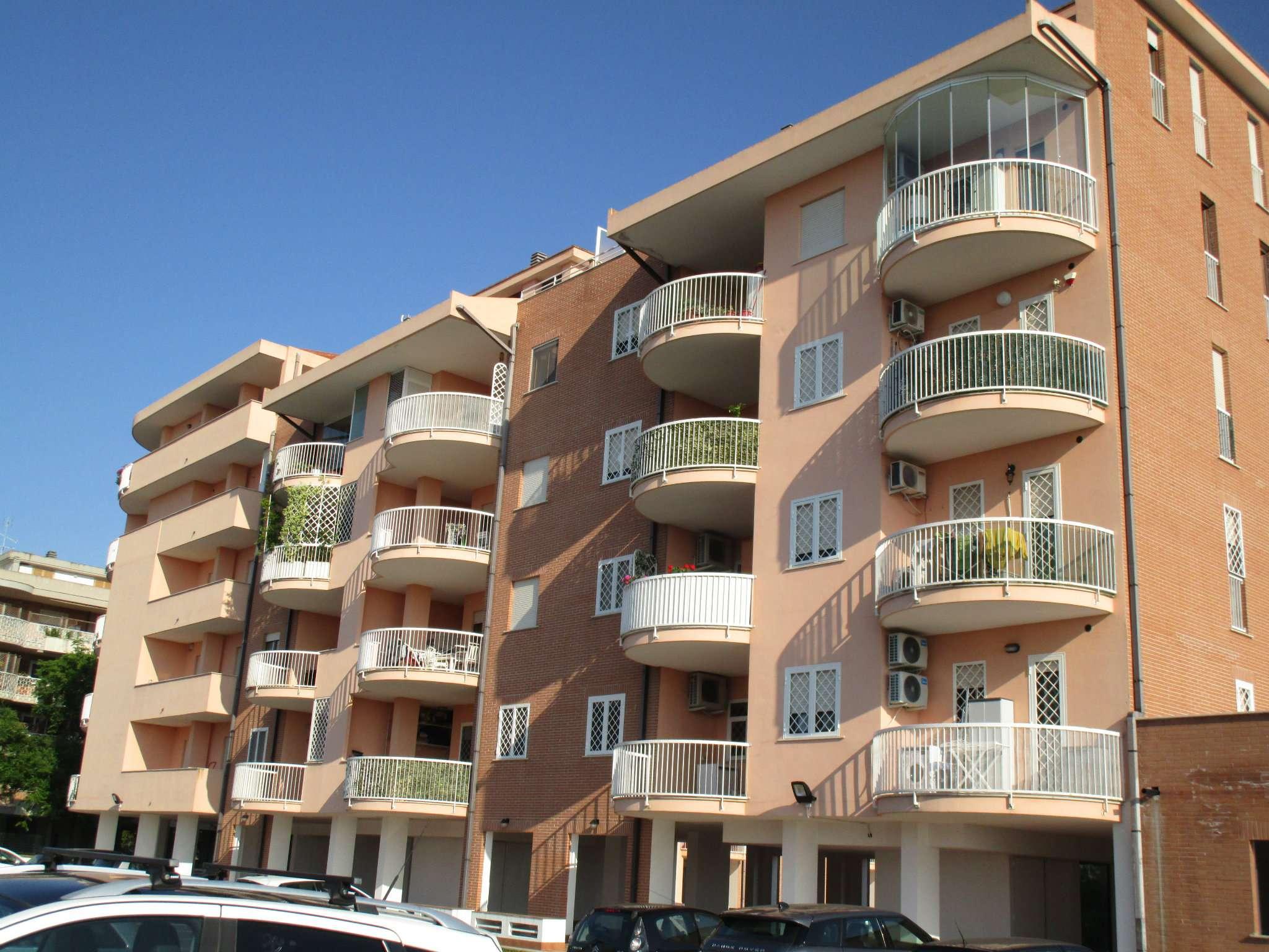 Appartamento in vendita a Roma, 3 locali, zona Zona: 22 . Eur - Torrino - Spinaceto, prezzo € 318.000 | CambioCasa.it