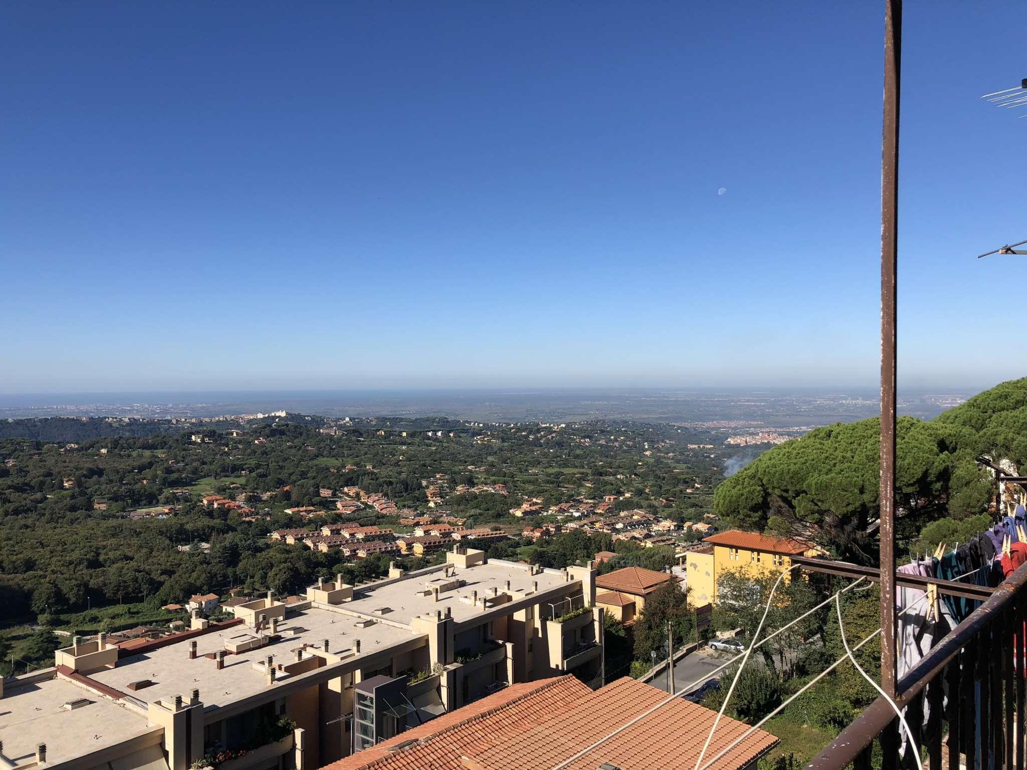 Appartamento in vendita a Rocca di Papa, 4 locali, prezzo € 139.000 | CambioCasa.it