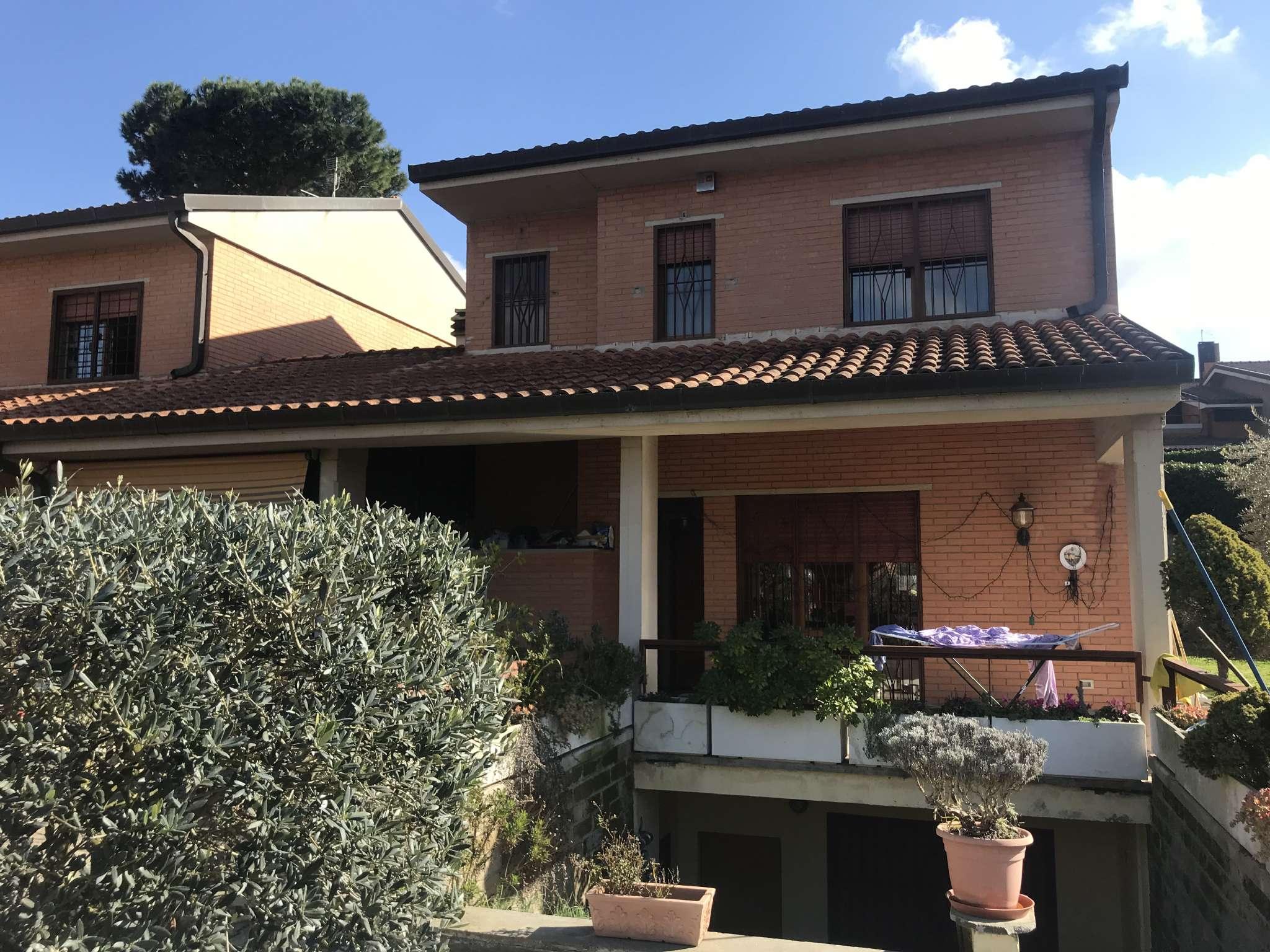 Villa Bifamiliare in vendita a Grottaferrata, 6 locali, prezzo € 465.000   CambioCasa.it