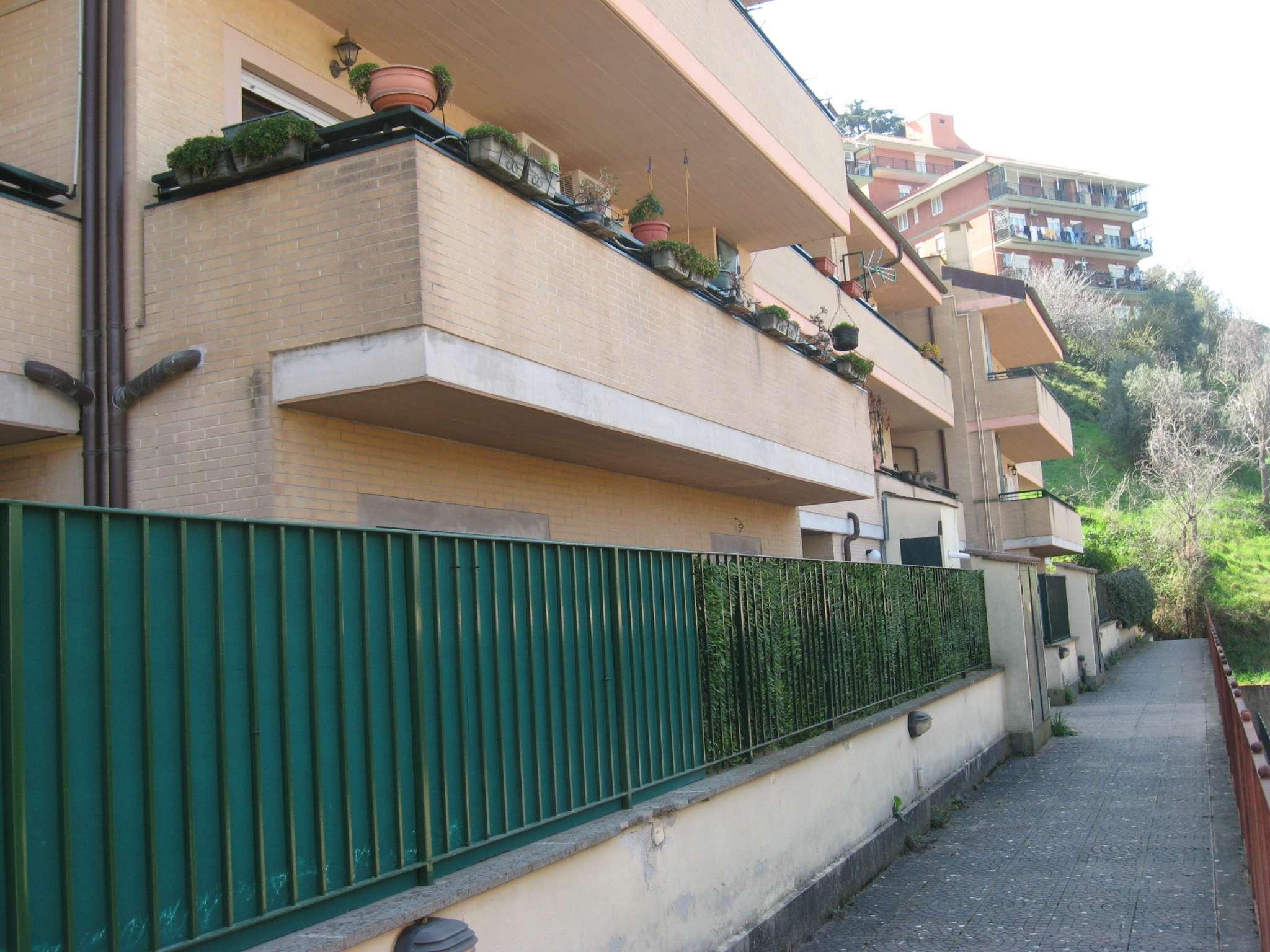 Appartamento in vendita a Monte Porzio Catone, 4 locali, prezzo € 155.000 | CambioCasa.it