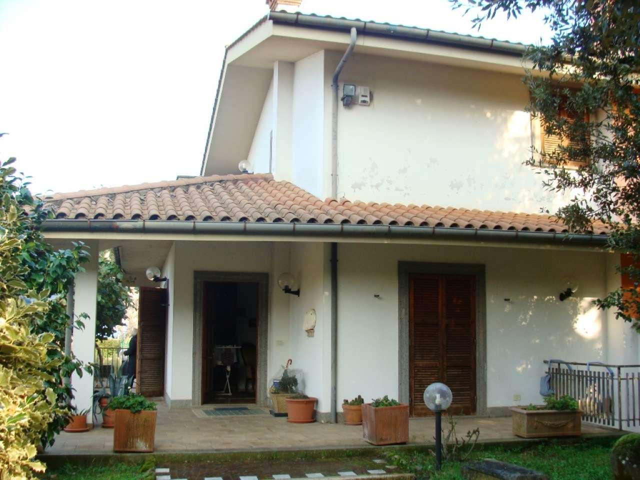 Villa Bifamiliare in vendita a Rocca di Papa, 5 locali, prezzo € 349.000 | CambioCasa.it