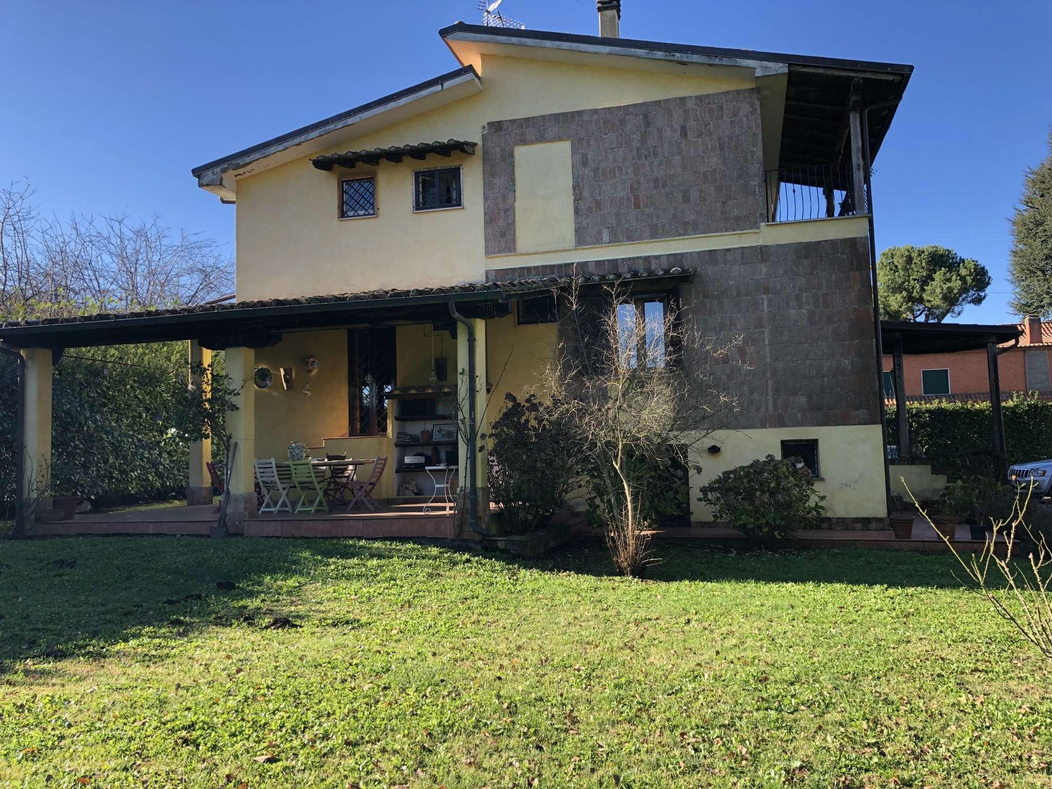 Villa in vendita a Rocca Priora, 10 locali, prezzo € 425.000   CambioCasa.it