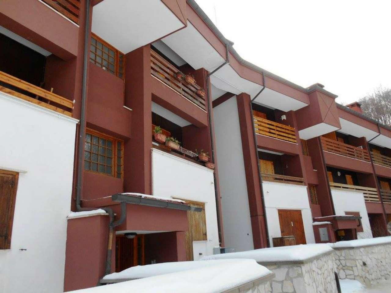 Appartamento in vendita a Cervara di Roma, 4 locali, prezzo € 89.000 | CambioCasa.it