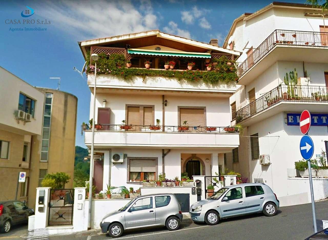 Appartamento in vendita a Morlupo, 2 locali, prezzo € 73.000 | CambioCasa.it