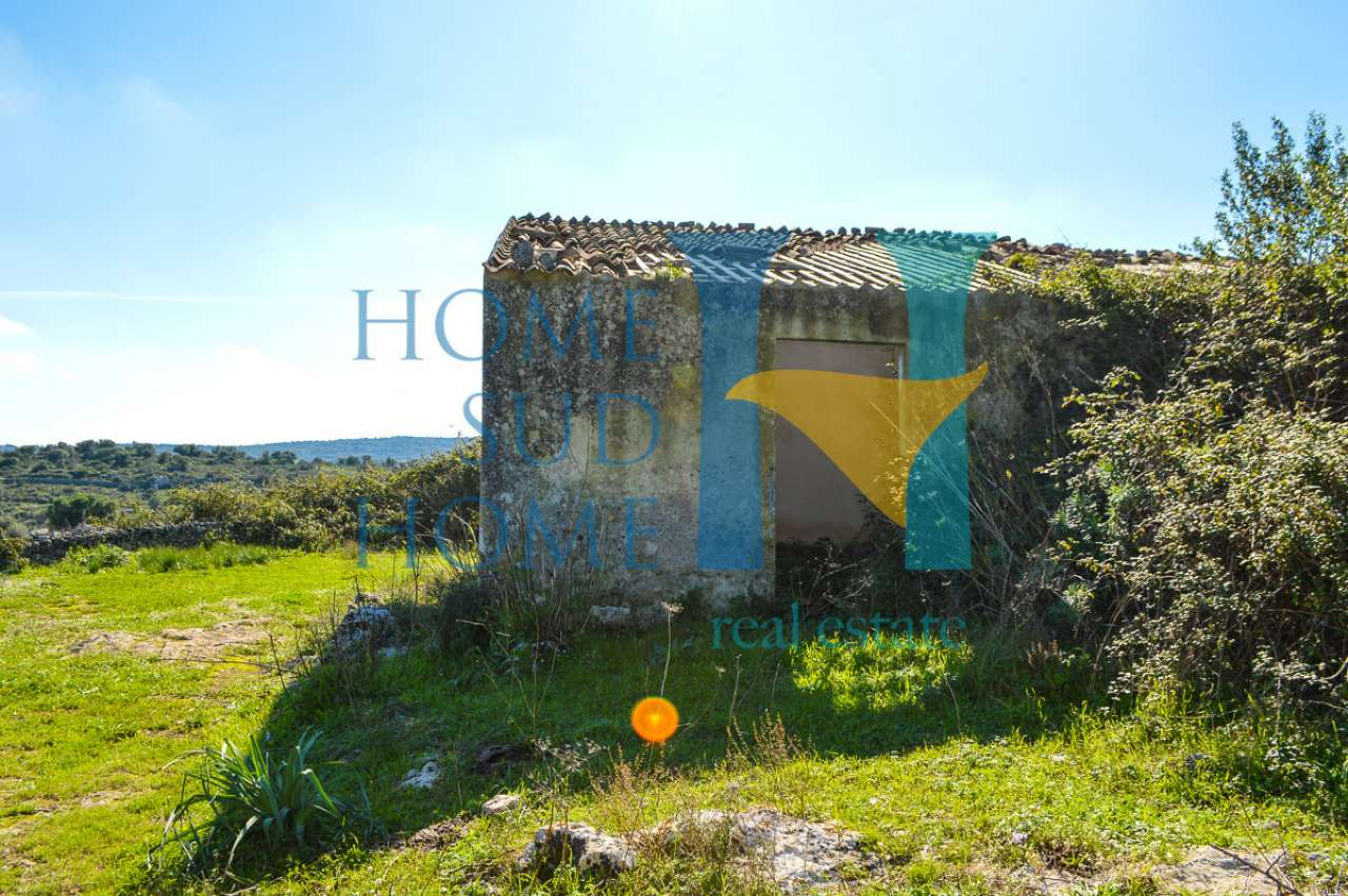 Rustico / Casale da ristrutturare in vendita Rif. 8851440