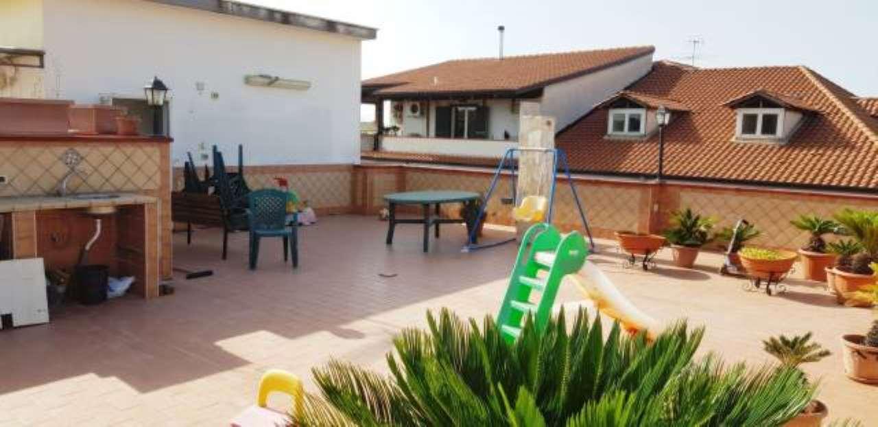 Appartamento in ottime condizioni in vendita Rif. 7893802