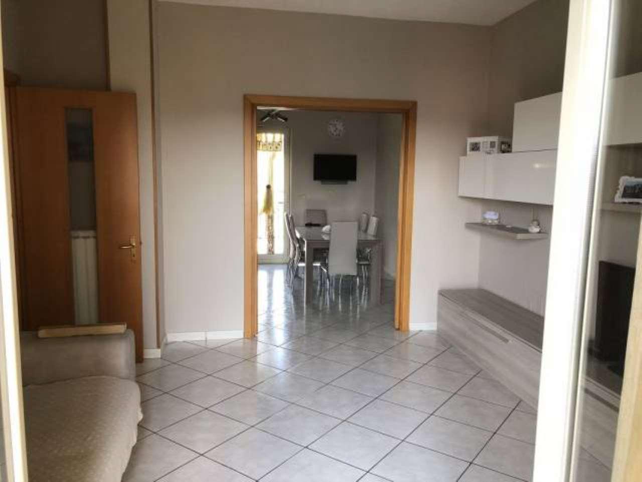 Appartamento in ottime condizioni in vendita Rif. 7893805