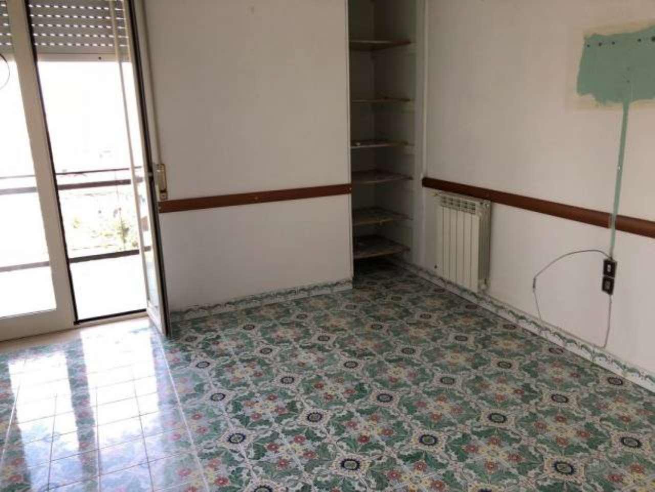 Appartamento in buone condizioni in vendita Rif. 7893808