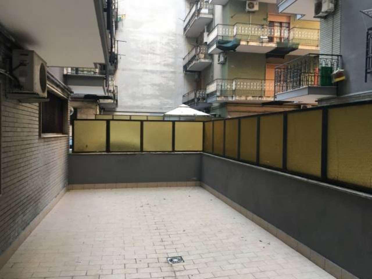 Appartamento da ristrutturare in vendita Rif. 7893810