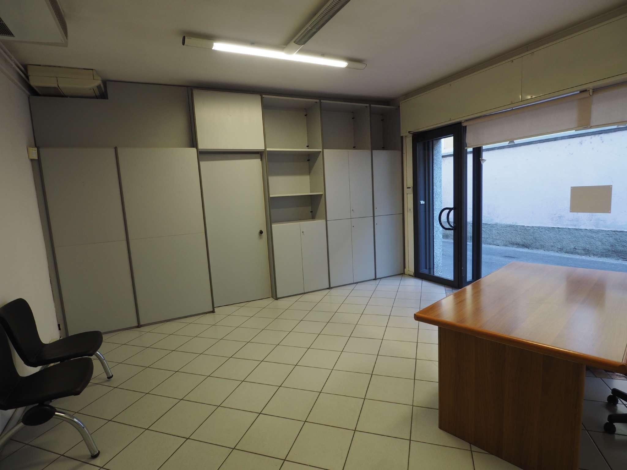 Ufficio / Studio in affitto a Casorate Sempione, 2 locali, prezzo € 450 | PortaleAgenzieImmobiliari.it